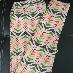 LulaRoe TC leggings new without tags
